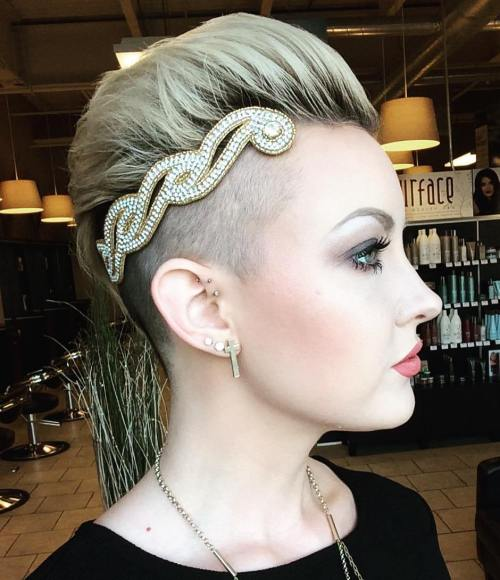Best 15 Accessories for Short Hair in 2020